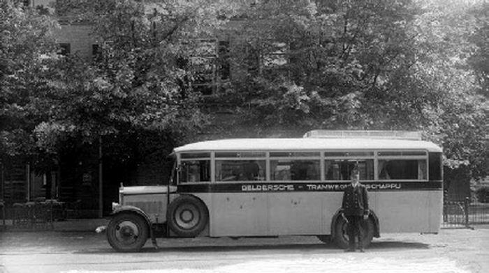 1930 De Dion Bouton LO, idem, Carr. Verheul, GTM 73