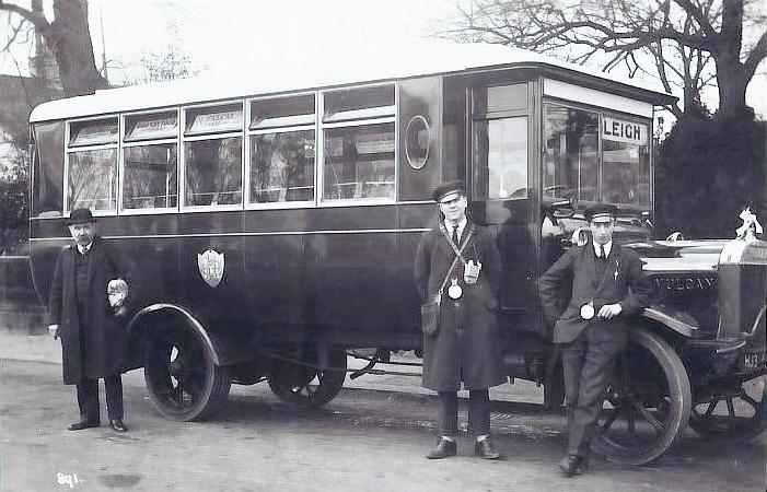 1930 Vulcan bus Leigh