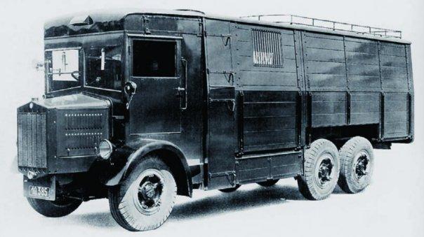1934 Tatra-29, 6x6, with repairshop