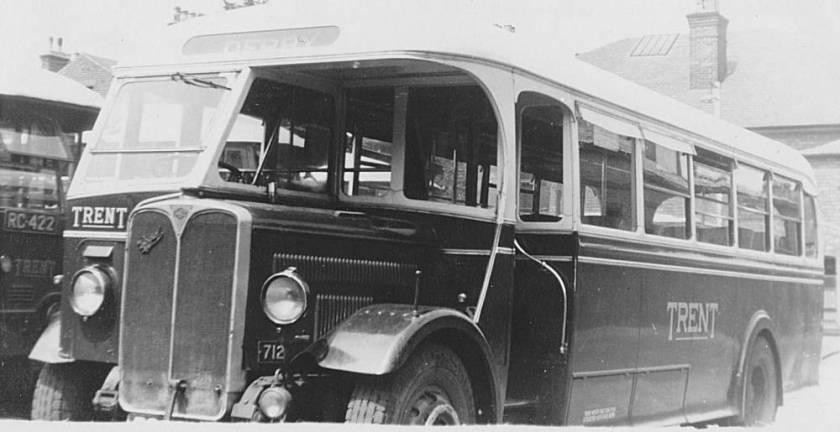 1937 AEC Regal 712, RC4613 Willowbrook B35F body