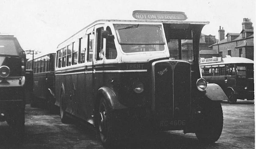 1937 AEC Regal with Duple B35F body, rebodied by Willowbrook in 1950