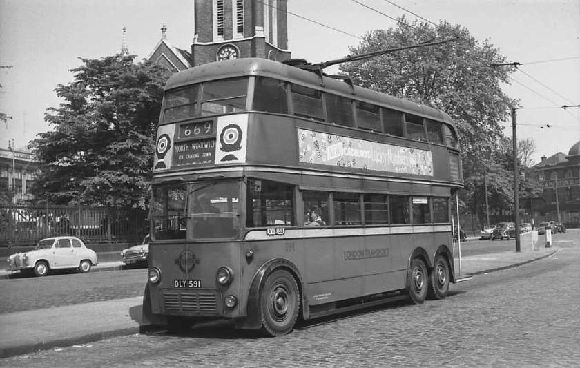 1937 London Transport 591, DLY591, an E1 class AEC 664T with Brush body 591