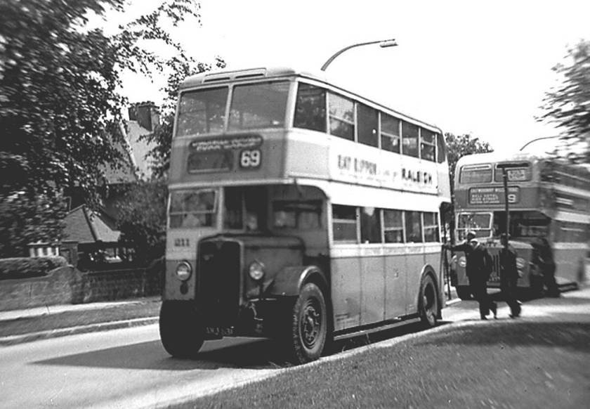 1938 AEC Weymann double decker 211, AHJ831
