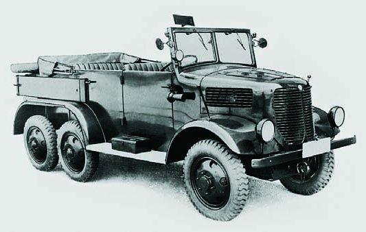 1938 Tatra-93, 6x6, Staff