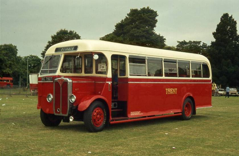 1939 BMMO SON with a Willowbrook B34F body