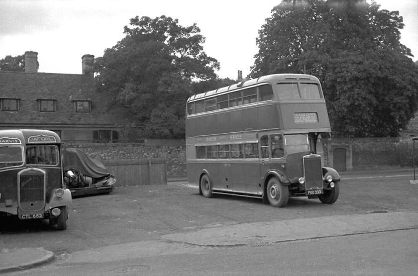 1939 Leyland TD5 with a Weymann H28-26R body