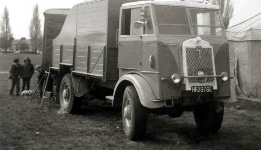 1940 Thornycroft Nubian 3Ton 4x4 Cargo (HRD 976 E)