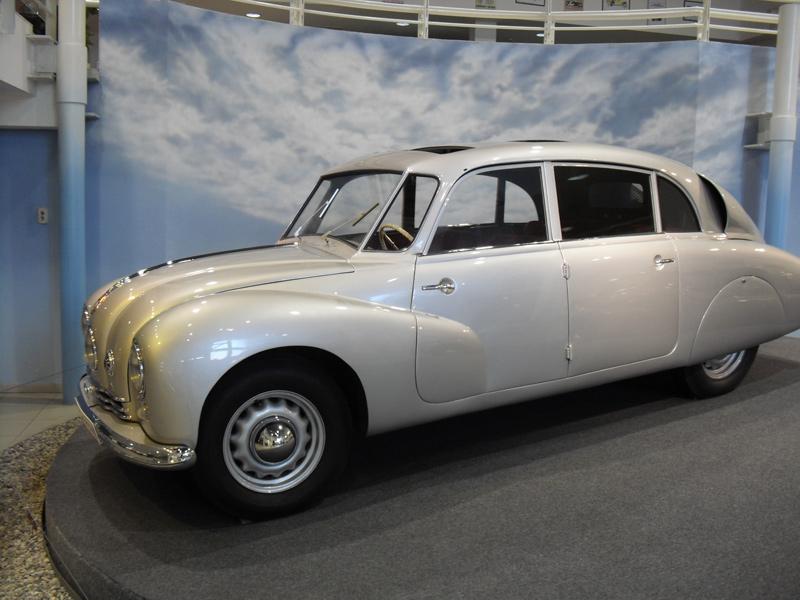 1948 Tatra T87 Diplomat