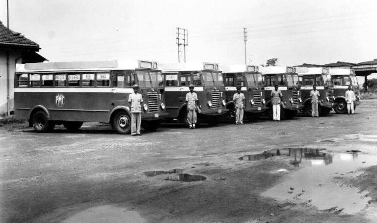 1949 Thornycroft Sturdy13