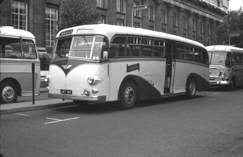 1950 A.E.C. 9821E Regal IV with a Whitson C41C body  lwt147