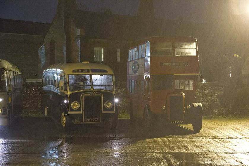 1950 Daimler 217 and FNV577, a Leyland Tiger PS2 Whitson bodied, bask in the pouring rain on the bus station
