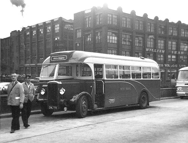 1950 Daimler CVD6 with Willowbrook B35F body