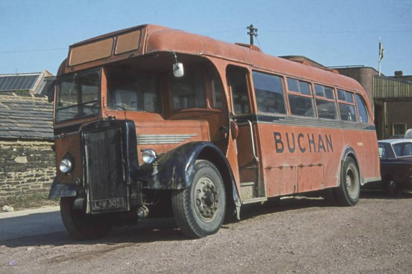 1950 Leyland Tiger PS1-1 with Weymann DP35F body