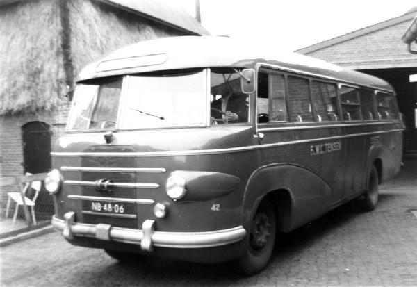 1950 Volvo Den Oudsten & Domburg Neusbus diesel bus 42
