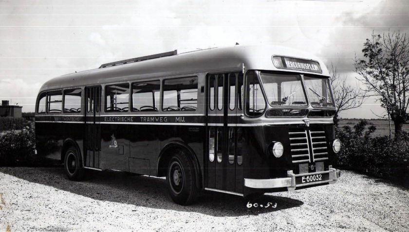 1953 DAF B 425-B Verheul 1050 TET 25 E-60032