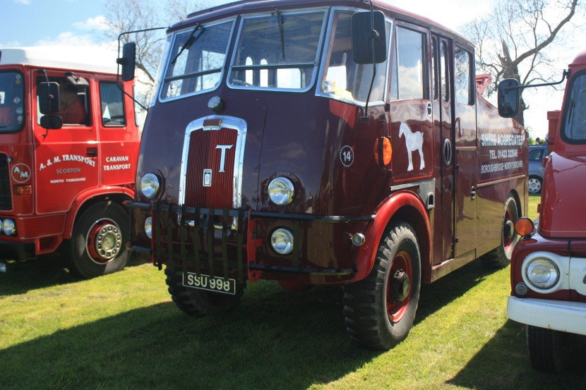 1953 Thornycroft reg SSU 998 based recovery truck at Boroughbridge