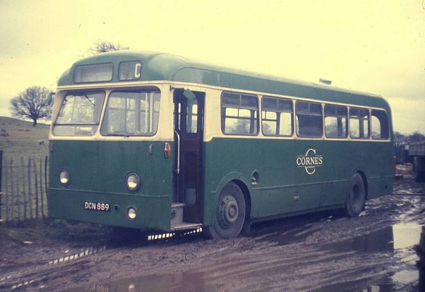 1954 Leyland Tiger Cub PSUC1-1 with a Weymann B44F bodywork