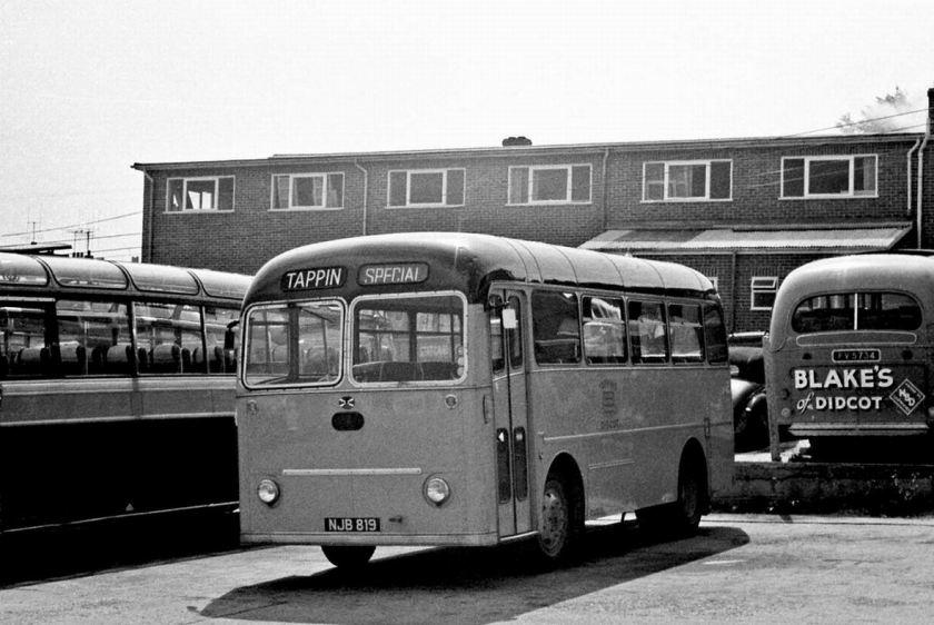 1956 Albion Nimbus MR9N Willowbrook B31F at Didcot Garage