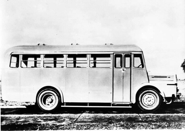 1956 Thornycroft Trident4