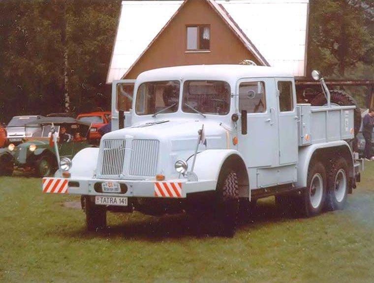 1957-70 TATRA 141