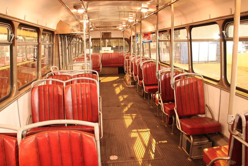 1957 Interieur van Kromhout TBZ100 Verheul stadsbus 281, GVB (Amsterdam)