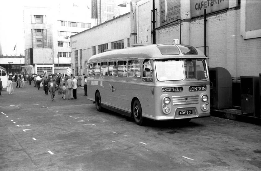 1958 Willowbrook C41F bodied AEC MU3RV Reliance