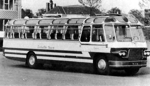 1959 Volvo B615-Smit Joure tourwagen met 49 zitp Schutte