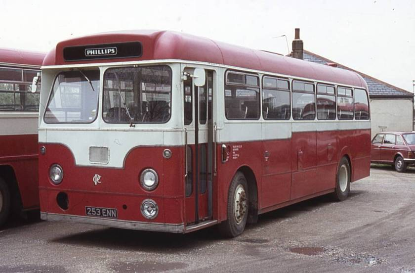 1960 Leyland Tiger Cub PSUC1-1 with Weymann DP41F bodywork