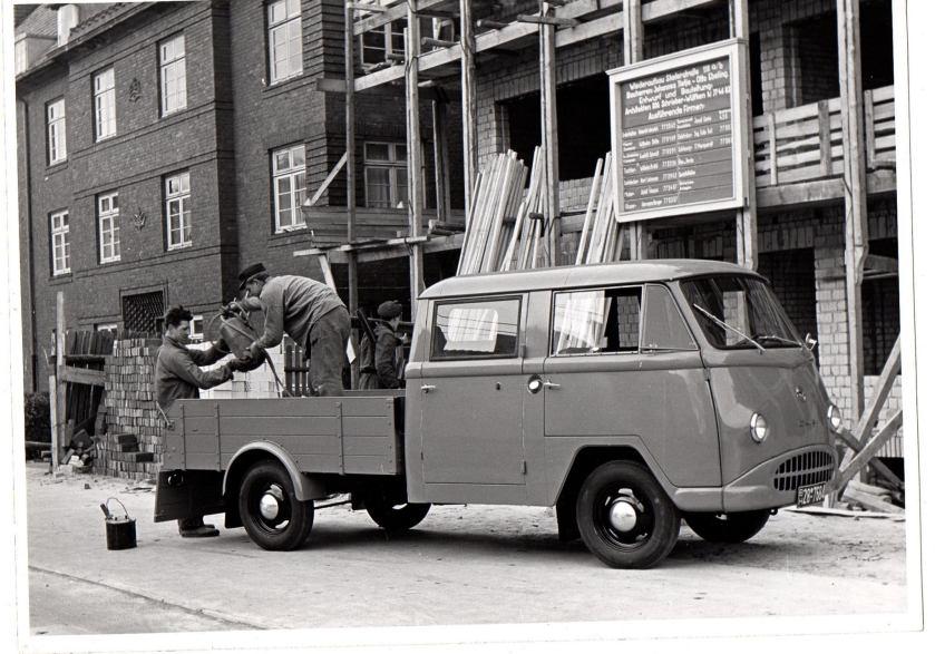 1960 Tempo Wiking met dubbele cabine. 2 cylinder 20 Pk uitvoering met een Heinkel motor.