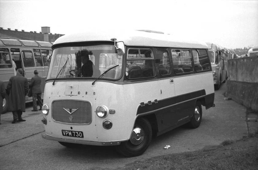 1961 Bedford J2SZ7 with a Willowbrook Compact C19F body