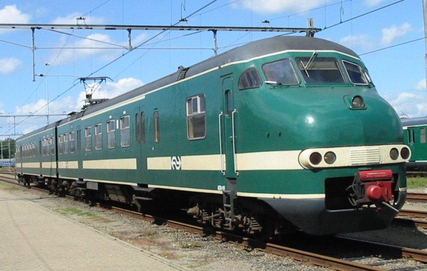 1964 Treinstel Mat NS 419 Plan T en V groen