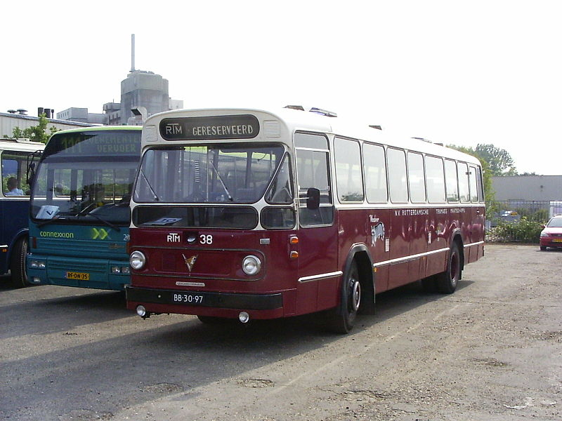 1966 Leyland-Verheul Verheul RTM 38 Wasbeer ZWN 4342
