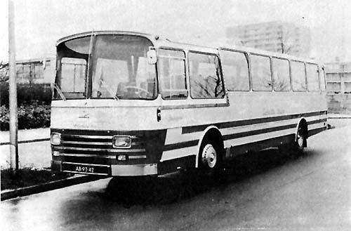 1967 Volvo B755-Domburg met 50 zitp Schutte34