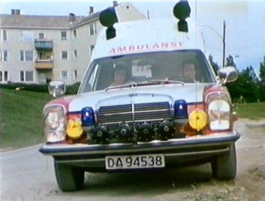 1973 Mercedes-Benz Ambulanse VBK Rescueline [W115]