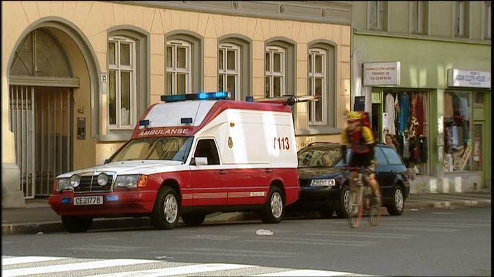 1985 Mercedes-Benz 300 D Ambulanse VBK Rescueline [W124]