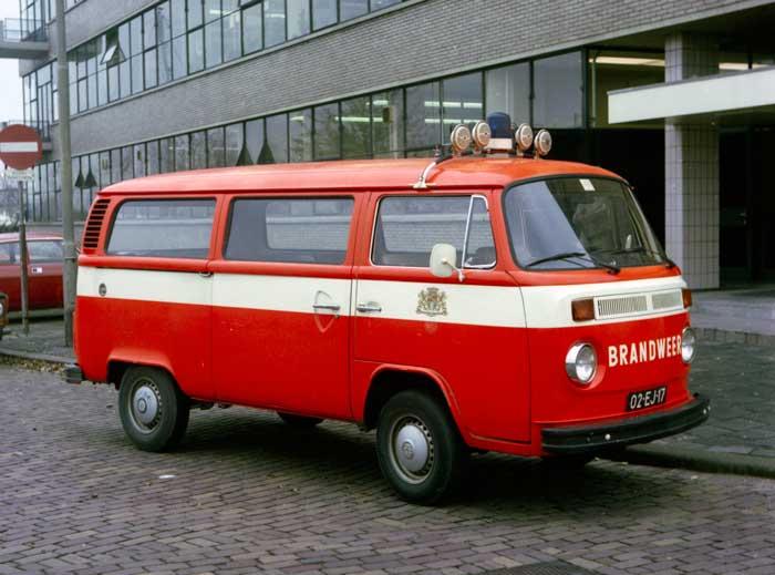 1988 Volkswagen T2 combi autobus 02-EJ-17