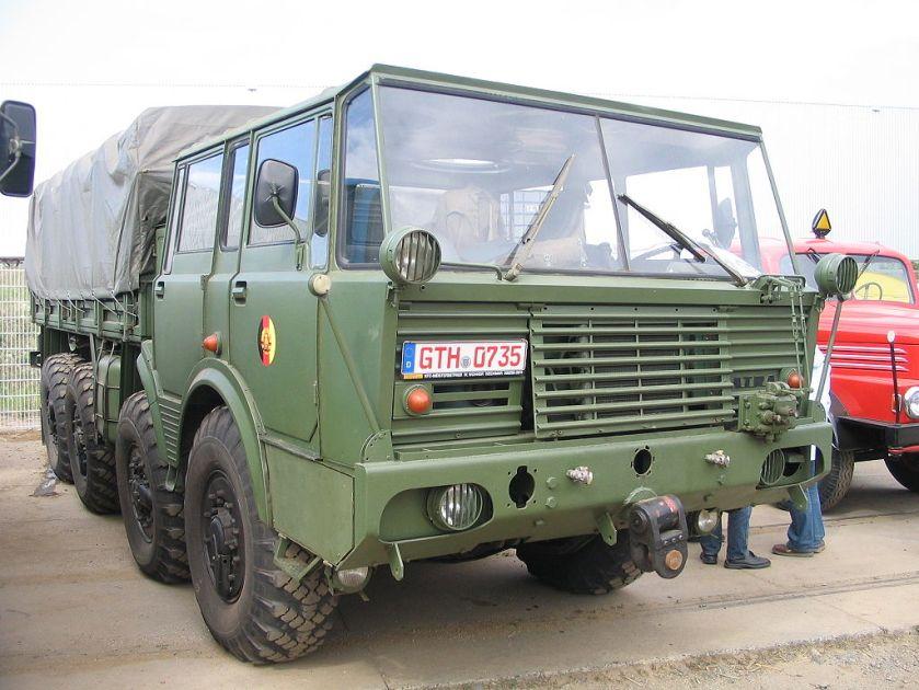 2002 Tatra T 813 8x8 Armee
