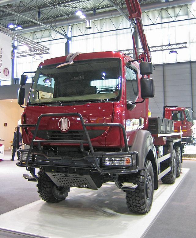 2002 Tatra T810