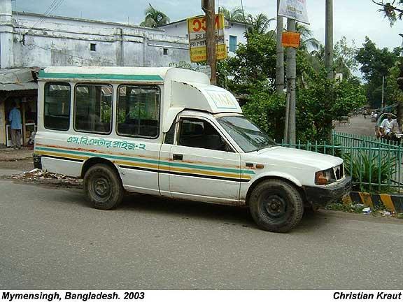 2003 Tata maxi