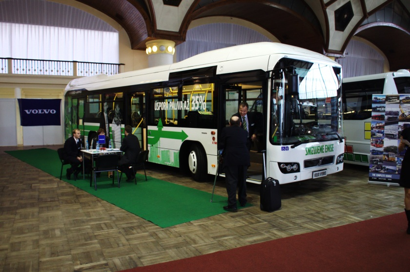 2011 Hybrid Volvo 7700H bus at the Czech Bus Fair Praag