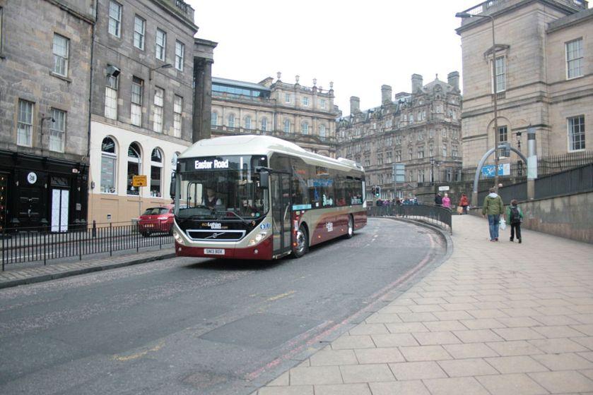2013 Volvo 7900 hybrid i Edinburgh.