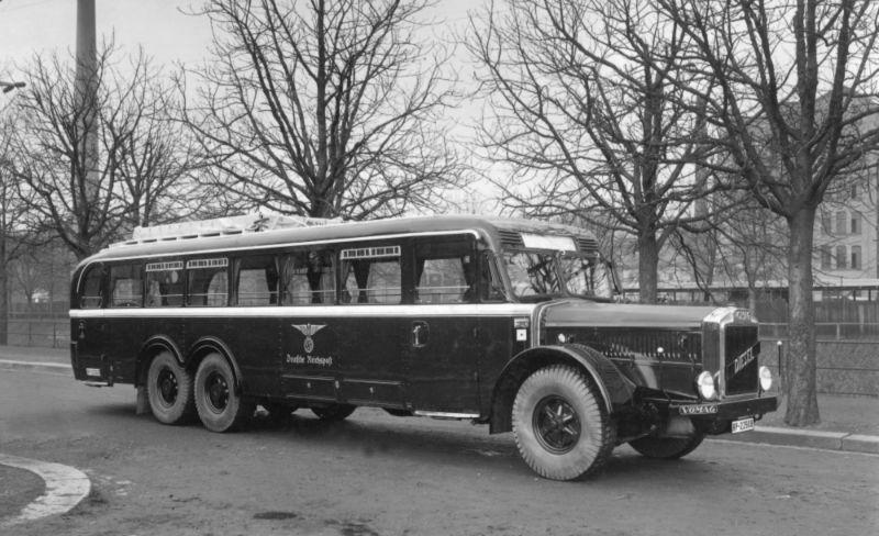 28-Dreiachs-Omnibus-7-OR-660-mit-Aufbau-von-Busch-in-Bautzen-fuer-die-Reichspost