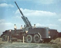 8,8cm Flak 18 on VOMAG bus (Krueger Waffen)