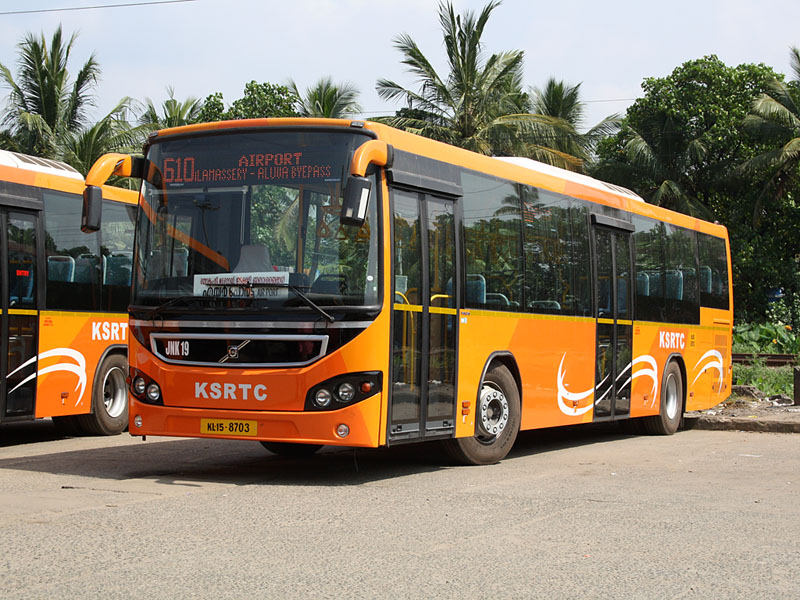 A KSRTC bus with Volvo B7RLE's latest bodywork
