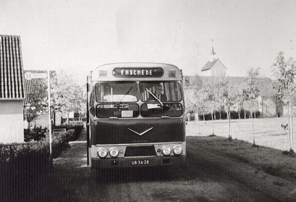 AEC nr. 76 met carrosserie van Verheul. Opname Sankt Georgplatz in Epe (Duitsland) in 1970