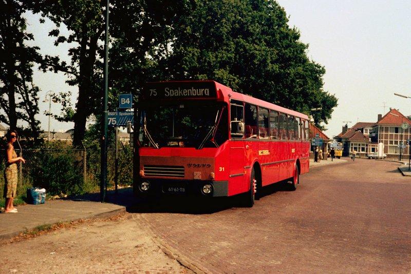 Bus 31 Volvo tensen richting Spakenburg