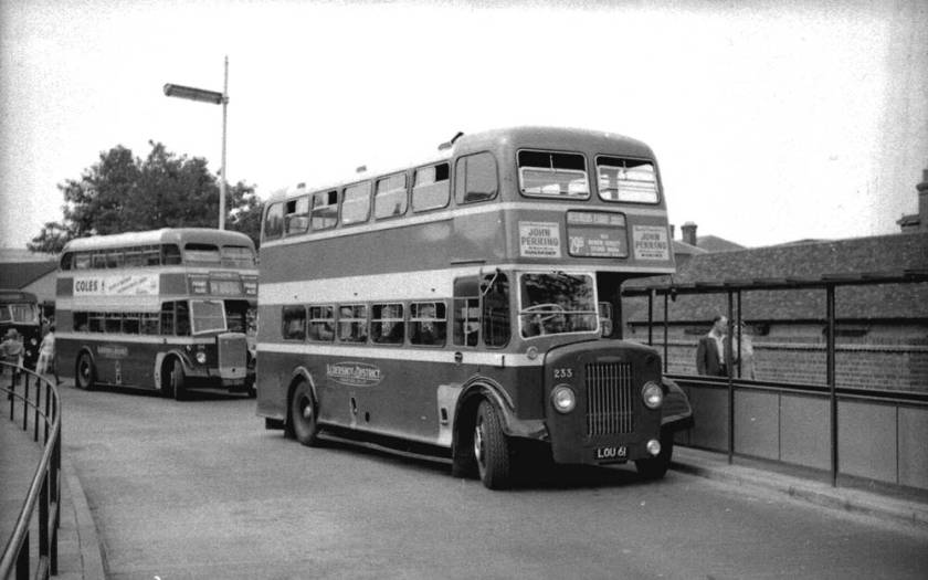 Dennis K4 Lance buses LOU61, number 233, was one of the last twelve which had Weymann L28-28R bodies