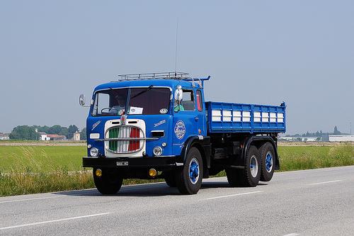 Fiat 682N2 3 assi Viberti
