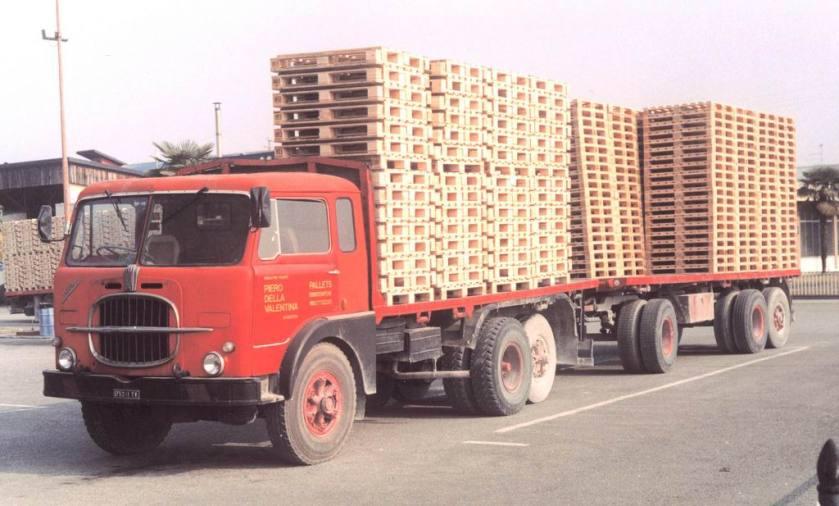 Fiat 682n3 3 assi Perlini e rimorchio Viberti Piero Della Valentina