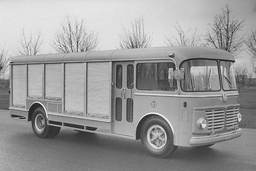 Furgone Fiat 642RN2 Viberti trasporto latte